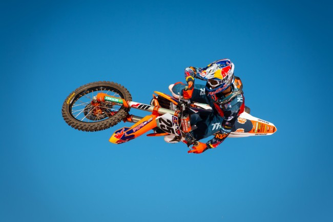 DeCoster on the difference between Carmichael and Musquin!