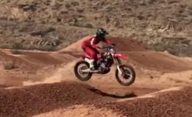 Video: Hunter Lawrence riding supercross