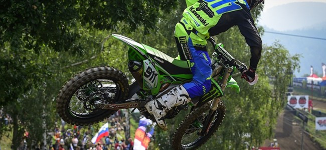 Video: Tixier putting the motos in