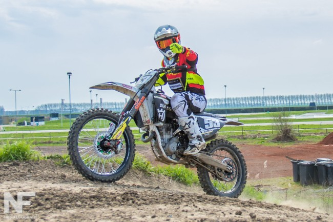 Simpson and Walsh do the double at Hawkstone Park