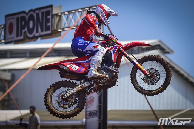 Gajser and Prado dominate MXGP of Asia