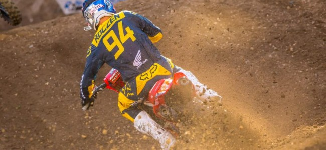 Roczen re-signs with team HRC Honda