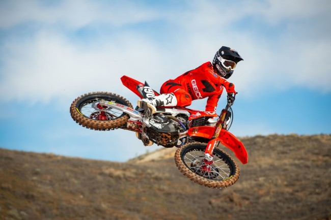 Video: Lawrence prepares for supercross debut this weekend