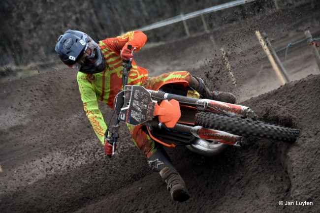 Matias Vesterinen lands EMX250 ride