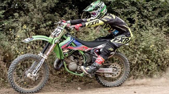 Video: Bradshaw on a 2001 KX125