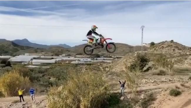 Video: Bradshaw leaps gap on a CR500!