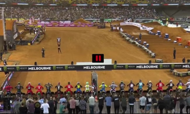 Video: Melbourne supercross 450 main events