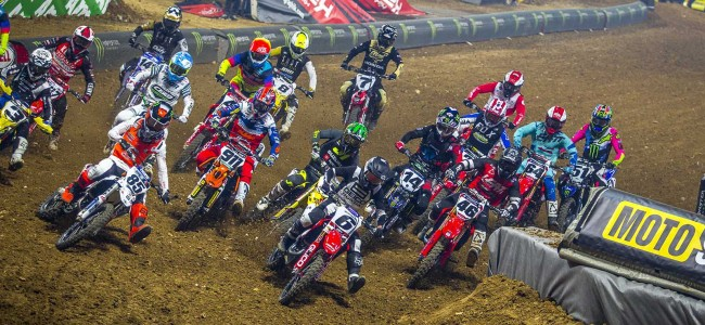 Video: Full race action Paris supercross Saturday and Sunday
