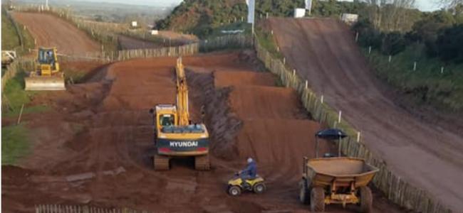 Desertmartin build Arenacross track for AXUK prep