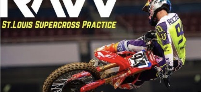 Video: St. Louis – press day action
