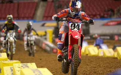 Video: Glendale Supercross – Main Events