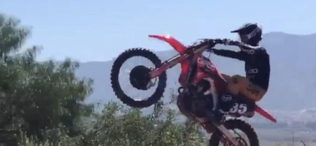 Hunter Lawrence is back on the bike!