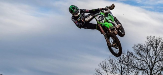 Febvre back on the bike