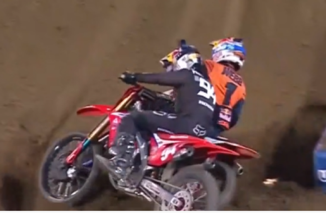 Webb and Roczen on THAT pass!