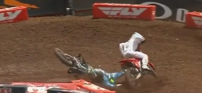 Video: Sexton and Nichols collide
