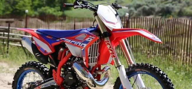 Beta introduces 300cc two-stroke Motocross bike!