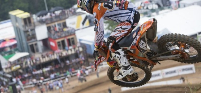 Davy Pootjes picks up small injury