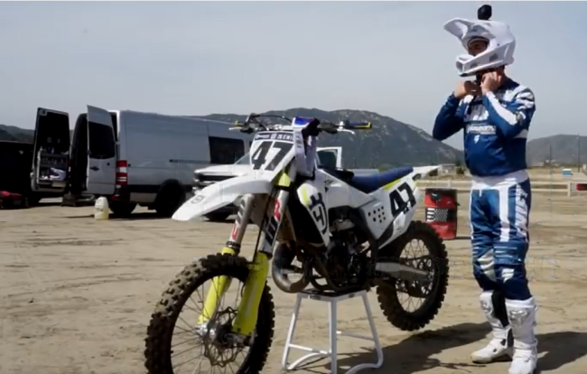 Video: Jeff Emig on a Husqvarna TC150 two stroke