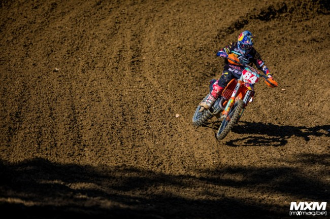 Herlings offers update after his Faenza crash