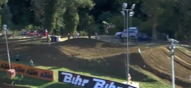Video: Big crash for Maxime Renaux