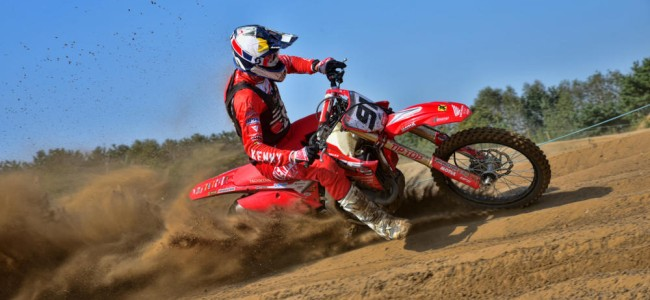 Video: First look at Nathan Watson and Lars Van Berkel on the SR Honda