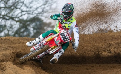 Video: Crendon Fastrack Honda set to clean up with Muc-Off