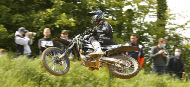 Yamaha Factory MX2 riders show speed at Crisolles – Renaux podium