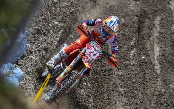 Rumour: Vialle injury set back for MXGP of Great Britain?