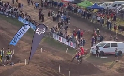 Video: Bradshaw does supercross on a 500!