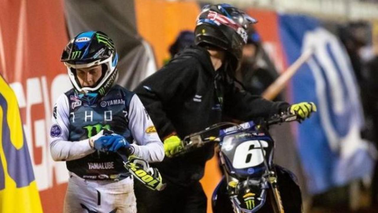 Jeremy Martin injury update - dislocated shoulder - GateDrop.com